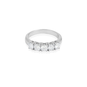 prezioso anello diamante
